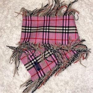 Burberry 💯 Chasmere scarf